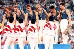 chempiony_po_sportivnoy_gimnastike_-_sportsmeny_Obedinennoy_sbornoy