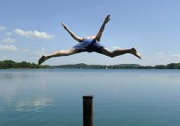 Не все озера Смоленской области готовы к купальному сезону