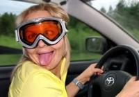 В Смоленске блондинка пыталась догнать собственное авто