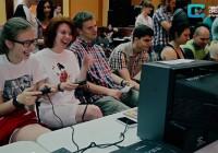 В Смоленске встретилось поколение Dendy и Sega