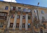 В одном из домов Смоленска после вчерашней грозы обрушился потолок