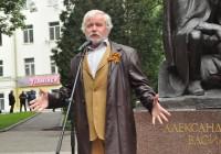 Сергей Никоненко прочитал для смолян отрывок из «Василия Теркина»