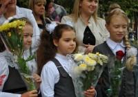 В Смоленске прошли линейки в честь Дня знаний