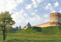24 сентября. Утро в Смоленске: в город возвращается лето, а дороги по-прежнему закрыты