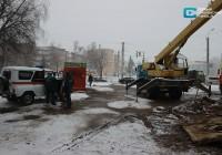 На месте аварии на улице 25 Сентября в Смоленске идут ремонтные работы