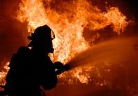 В Рославле загорелся стекольный завод