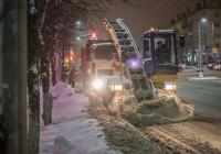 Смоленские коммунальщики снова очистили город от 5 тысяч кубометров снега