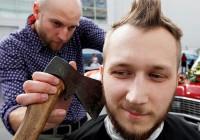 Смоленских парикмахеров ждет бесплатный инструктаж