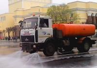 Семь десятков уборочных машин спасают Смоленск от грязи и пыли