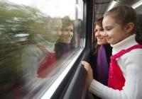 Российские школьники смогут ездить летом на поездах за полцены
