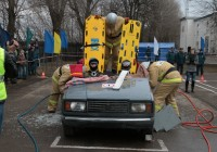 В Смоленске спасатели соревновались в оперативности ликвидации последствий ДТП