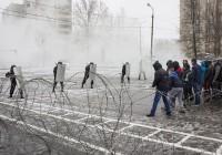 Смоленские полицейские показали свою готовность к противодействию массовым беспорядкам