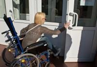 Музеи и кинотеатры Смоленска станут доступными для инвалидов
