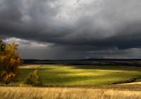 В Смоленске по-прежнему дождливо, ожидаются грозы