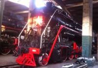 «Новый» паровоз готовят к установке на постамент в Рославле