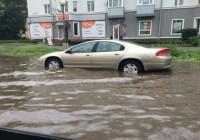 Проспект Гагарина в Смоленске утонул