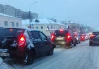 Из-за снега Смоленск вновь встал в пробках