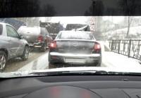 Снегопад в очередной раз парализовал дороги Смоленска
