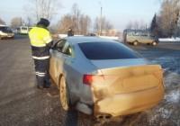 Четыре с половиной сотни смоленских водителей наказали за грязные номера