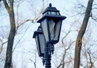 Власти грозятся расторгнуть договор с фирмой, обслуживающей фонари в Смоленске