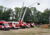 Смоленские спасатели подарят детям праздник