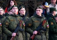 В Смоленске прошла первая репетиция парада на площади Ленина