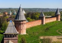 Дмитрий Медведев поручил заняться реставрацией Смоленской крепостной стены