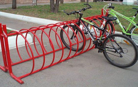 К новому учебному году возле всех смоленских школ появятся велопарковки