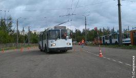 Смолянка Наталья Картасова стала лучшим водителем троллейбуса в городе