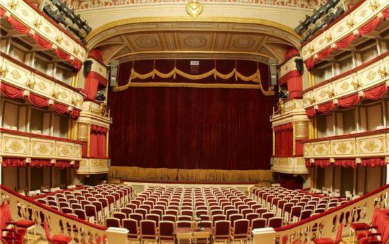 Небольшой театр поставит пьесу пороману Мединского «Стена»