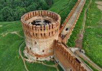 Волонтерам, привлеченным к реставрации Крепостной стены, планируют обеспечить безопасность
