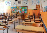 Все смоленские школы могут отправить на карантин