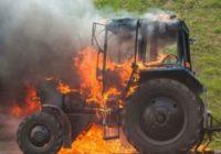 На трассе М-1 пожар уничтожил больше десятка транспортных средств