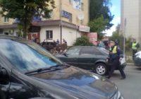 В Смоленске «девятка» на тротуаре сбила женщину с ребёнком