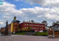 Торговые точки откроются на Владимирской набережной лишь к концу сезона