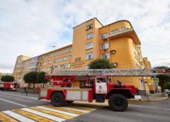 В центре Смоленска прошли масштабные учения пожарных и спасателей