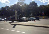 В центре Смоленска столкнулось два автомобиля