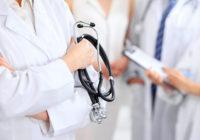Смоленские поликлиники изменят режим работы на время новогодних каникул