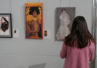 В Смоленске открылась выставка «Золотой поцелуй»