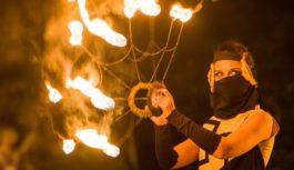 «Paguba»: славянские поверья, рассказанные языком огня и пластики