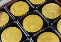 Смоленским выпускникам вручили памятные медали