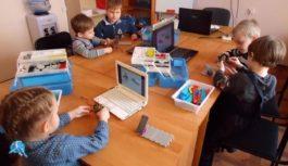 Уроки технологии у юных смолян будут проходить на базе школ и технопарков